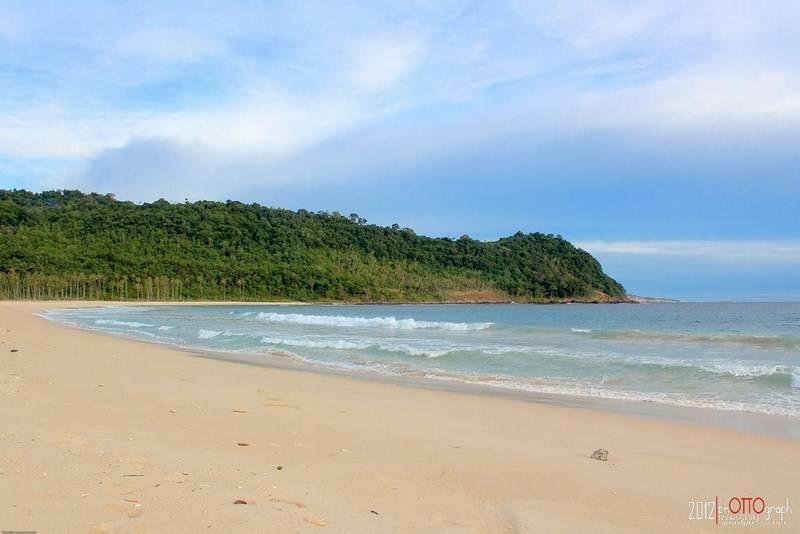 8. pantai Alue Reuyeung - Ghozali Qodratullah
