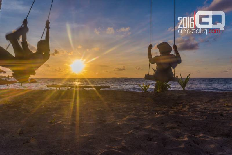 backpacker ke karimunjawa sunrise pantai pancuran