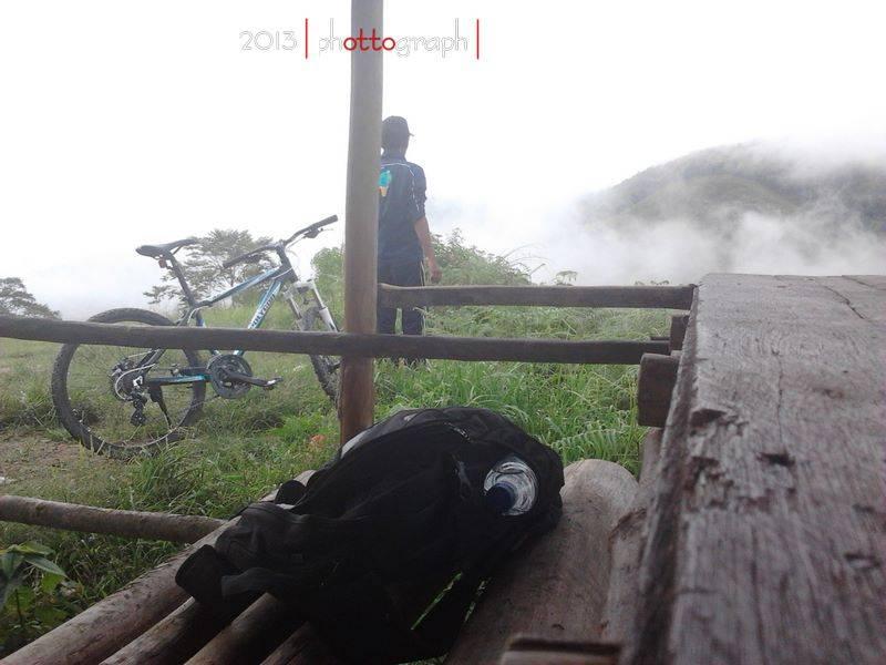Sepeda di Taman Nasional Gunung Leuser
