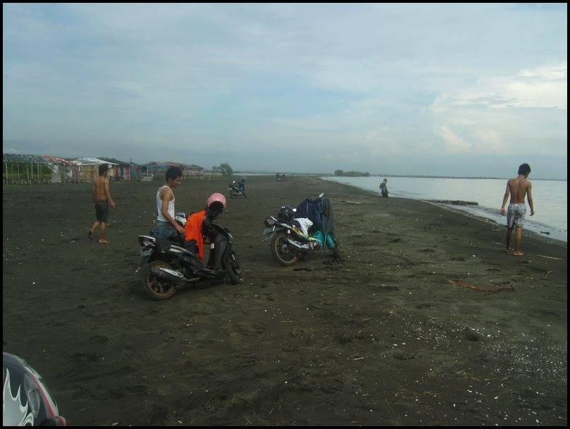 hore....lihat pasir sama air :D